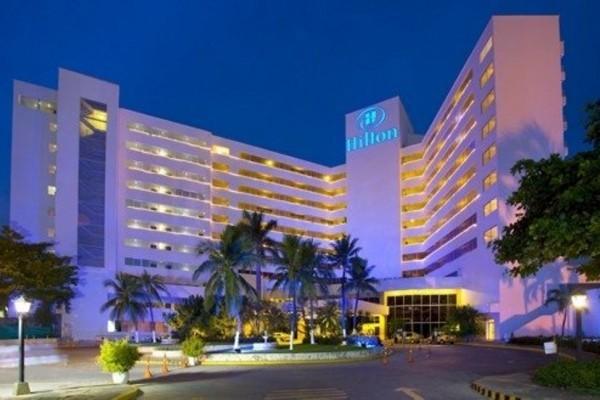 Fachada Frontal.   Fuente: Hilton Cartagena Fanpage Facebook